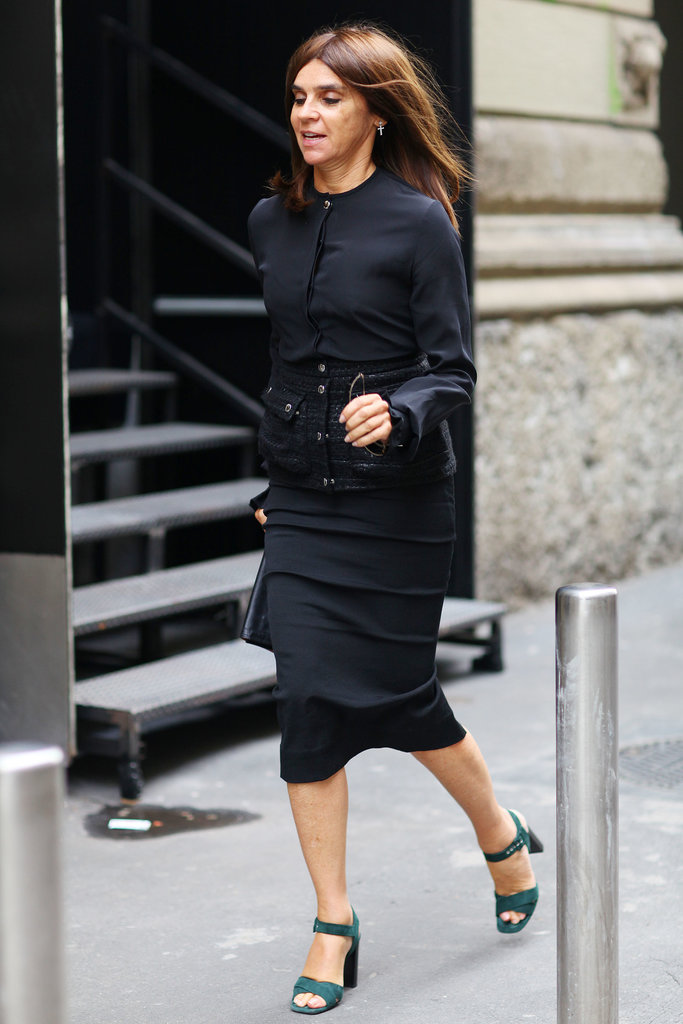 Carine Roitfeld makes the run from show to show that  much more stylish.