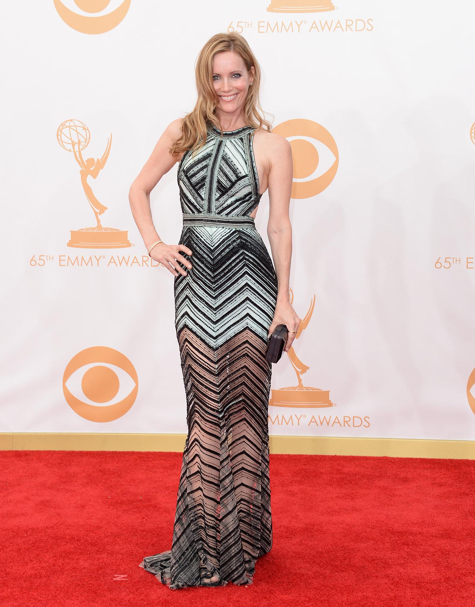 Leslie Mann struck a pose on the Emmys red carpet.