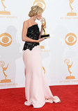 Anna Gunn gave her new trophy a big kiss.