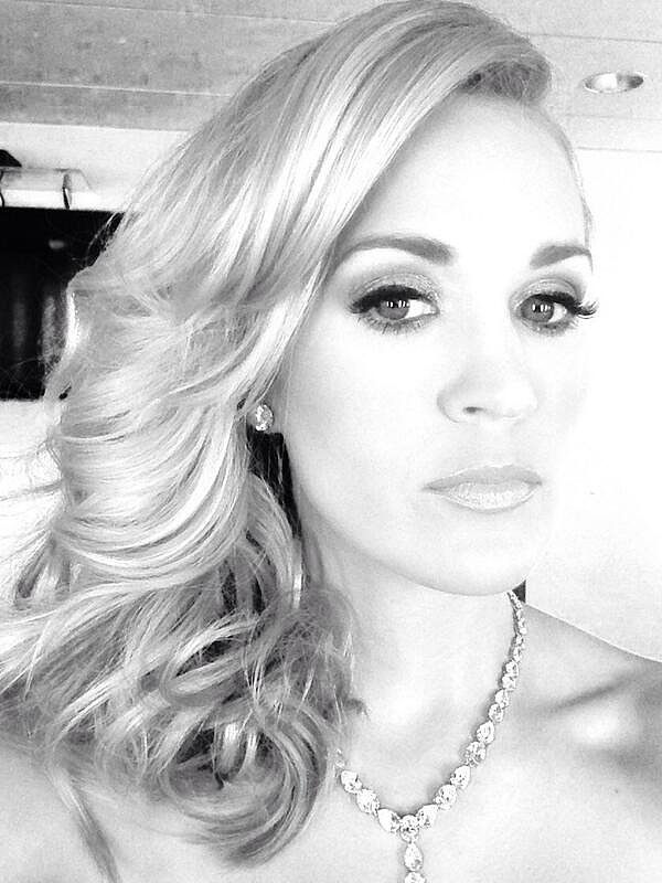 Carrie Underwood showed off her finished look. Source: Twitter user carrieunderwood