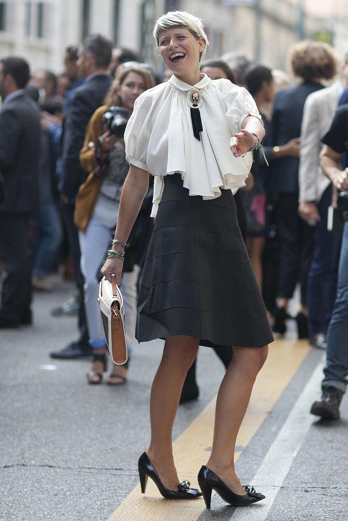 http://media1.onsugar.com/files/2013/09/23/915/n/1922564/c6975fca12ee014d_MilanStreet5_SS14_0002.xxxlarge/i/Best-Street-Style-Milan-Fashion-Week-Spring-2014.jpg