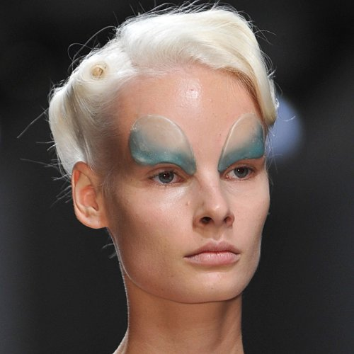 Beauty Looks at Gareth Pugh 2014 Spring Paris Fashion Week