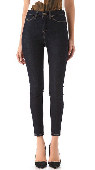 When Fall rolls around, I'm almost obsessive about making sure all the classics are stocked in my wardrobe. A high-rise skinny-style jean, like this