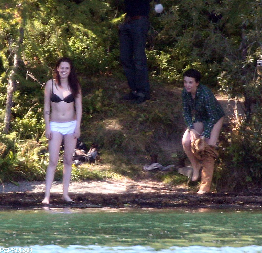 Kristen Stewart and costar Juliette Binoche took off their clothes while filming Sils Maria.