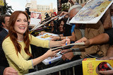 Julianne Moore signed autographs.