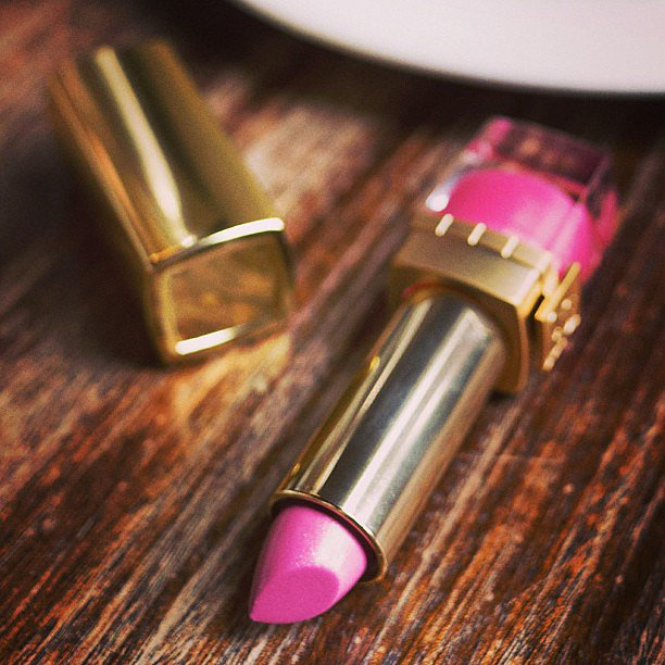 Estée Lauder showed its support for Breast Cancer Awareness Month. Source: Instagram user esteelauder