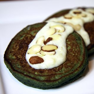 Blueberry Banana Spinach Pancakes