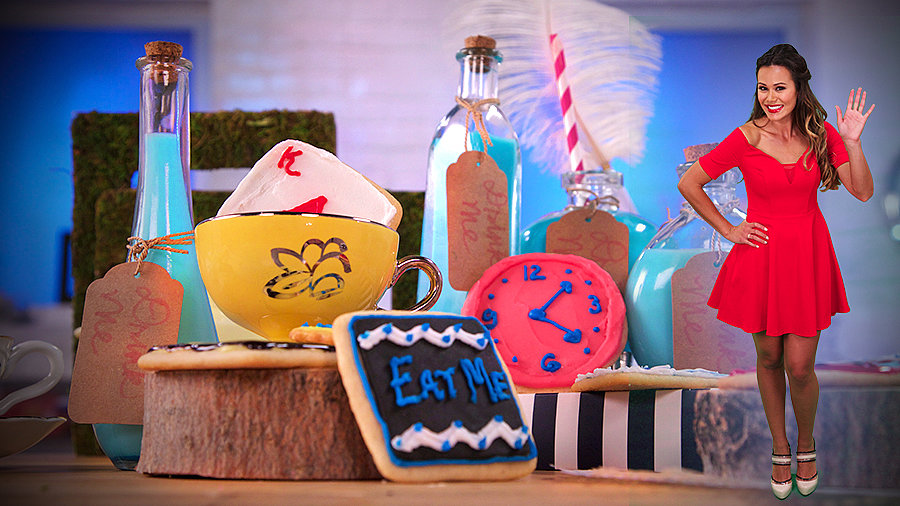 Make Magical Cookies and Milk Based on Alice in Wonderland