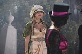From the plume-trim hat and the supple capelet to the stunning jewels, Hanna's roaring '20s look was all about decadent details. Photos courtesy of ABC Family