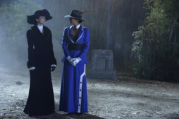 Spencer looked statuesque in a dramatic Victorian costume — regal purple velvet coatdress with fur-trim, a high-collar tie-neck blouse, and blooming wide-brim hat. Photos courtesy of ABC Family