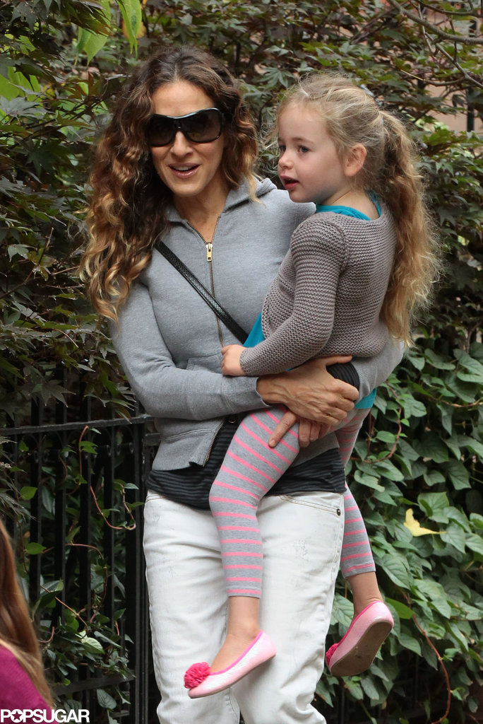 Sarah Jessica Parker carried Tabitha to school in NYC.