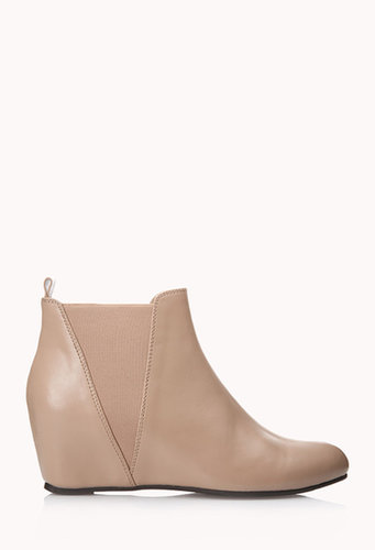 FOREVER 21 All-Day Chelsea Wedge Boots