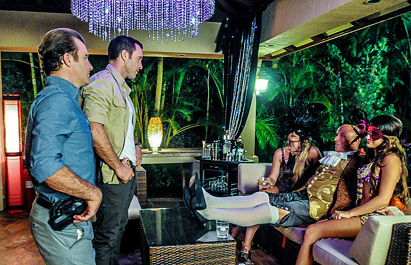 "Hawaii Five-0 Scott Caan and Alex O'Loughlin star on Hawaii Five-0's Halloween episode, ""Kupouli'la (Broken)."""