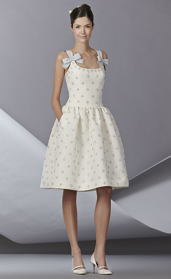 The trends of the wedding dress UK fall 2014 short style 2