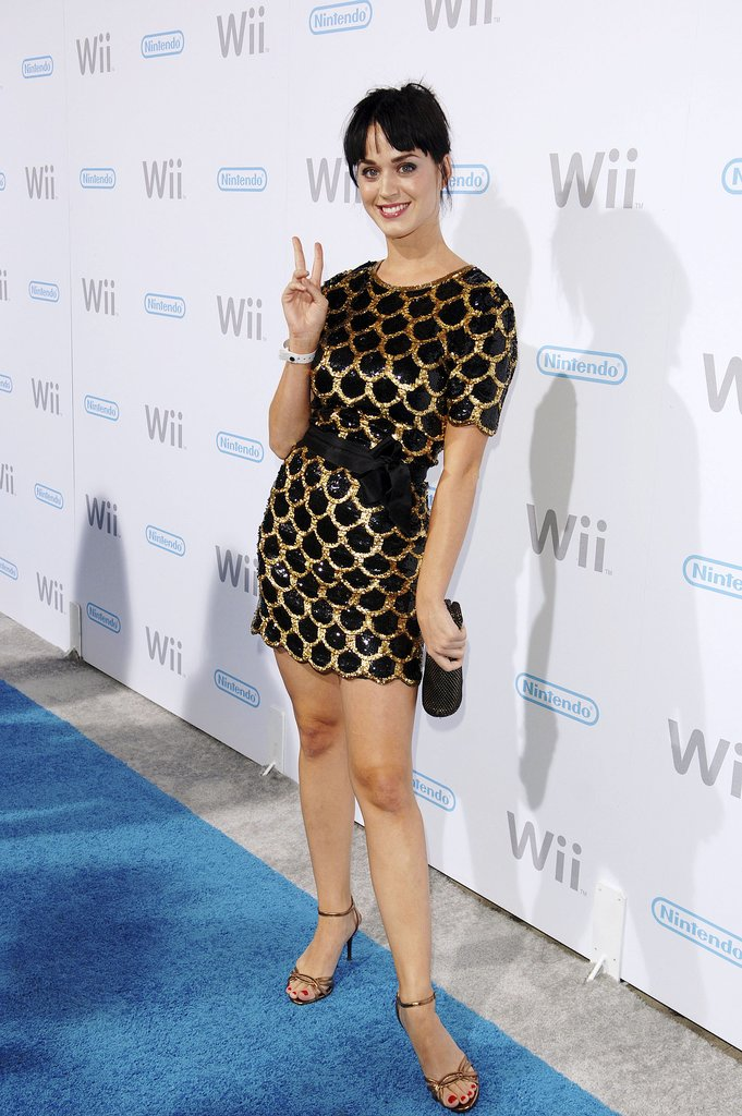 The singer wore a gold and black mini cinched with a satin bow for Nintendo Wii's LA launch party in 2006.