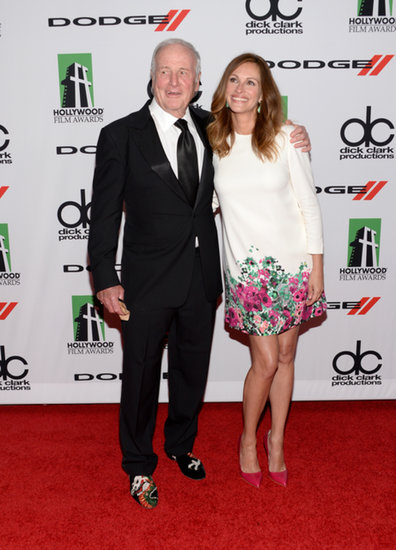 Julia Roberts and producer Jerry Weintraub posed at the Hollywood Film Awards.