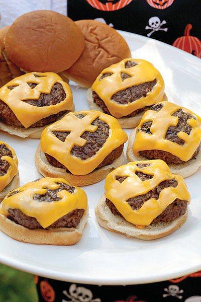 Jack-'o-Lantern Cheeseburgers