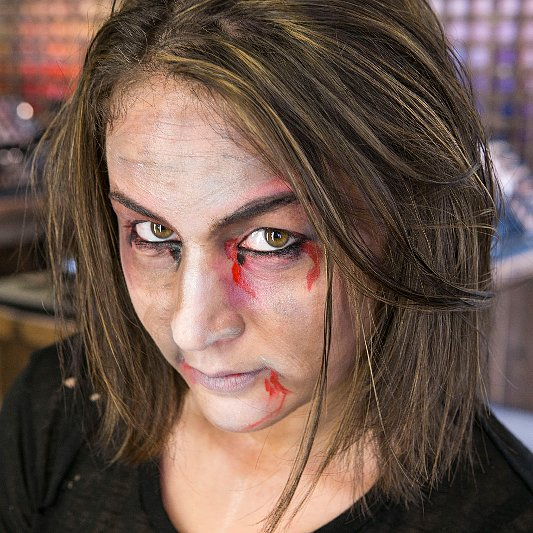 Zombie Halloween Makeup Tutorial