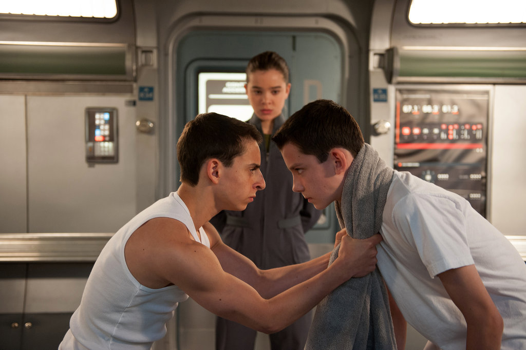 Moises Arias, Hailee Steinfeld, and Asa Butterfield in Ender's Game.