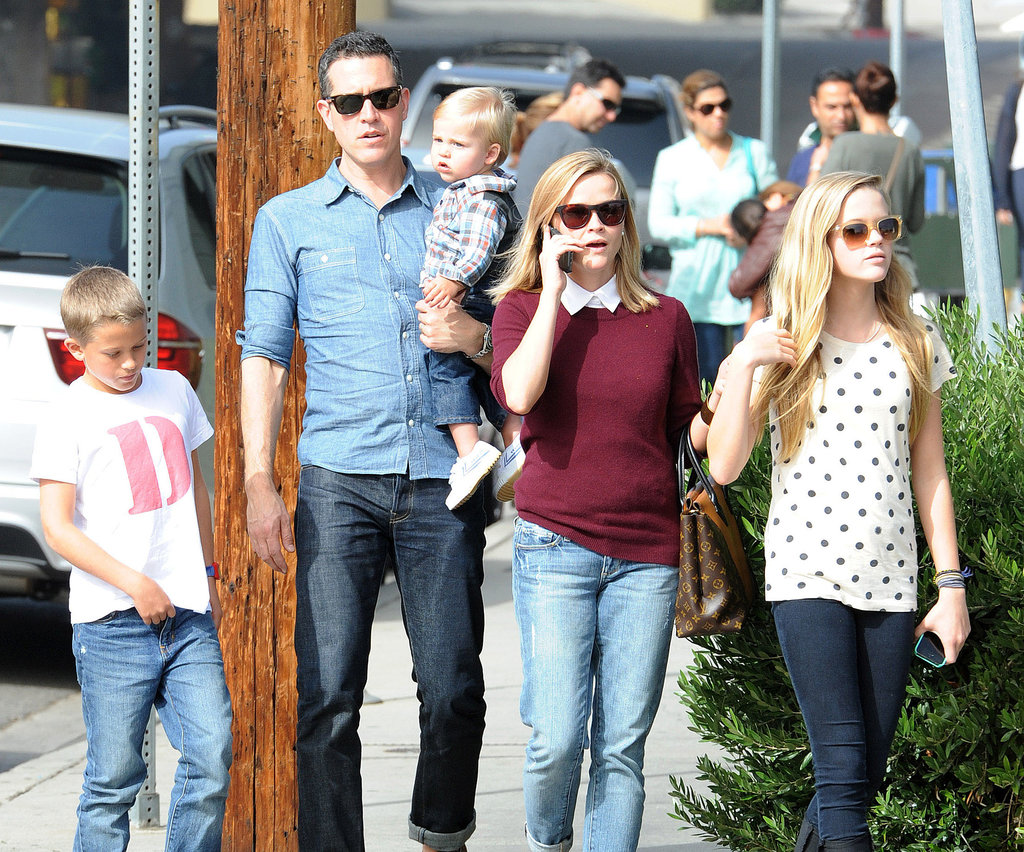 Reese Witherspoon headed to lunch Sunday in LA with her whole family.