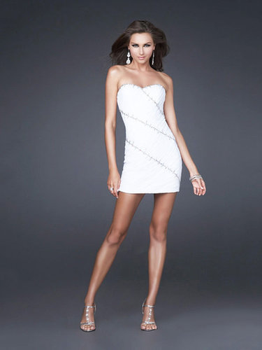 Sheath/Column Sweetheart Chiffon Short/Mini Beading Cocktail Dresses at dressestylish