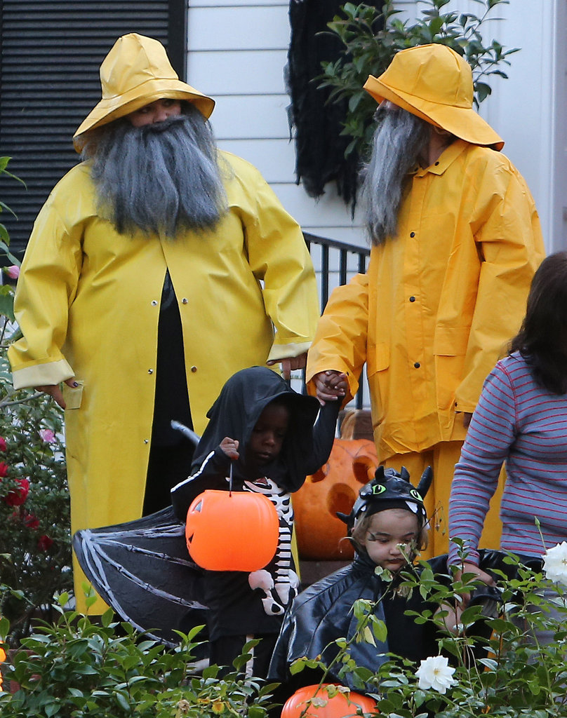 Melissa McCarthy and Sandra Bullock hit the streets of LA in matching fishermen costumes.