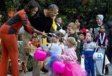 Michelle Obama and Barach Obama handed out candy to trick-or-treaters at the White House.