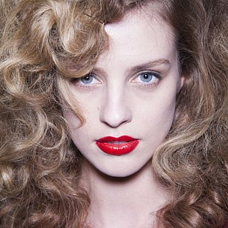 How to Wear Red Lipstick For Fall