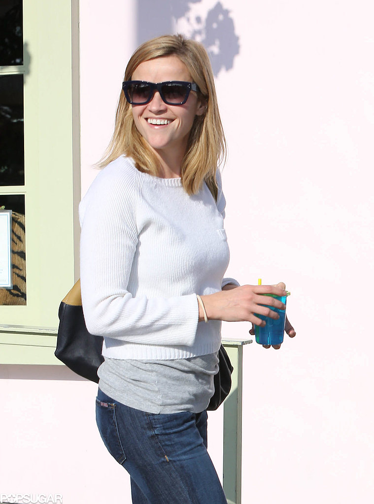 Reese Witherspoon Accessorizes With a Sippy Cup
