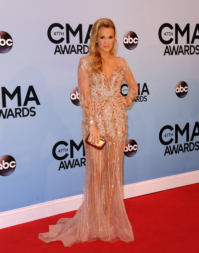 Carrie Underwood posed on the CMAs red carpet.