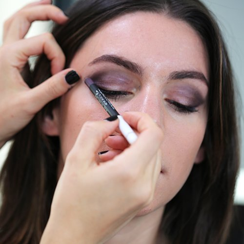 Simple Smoky Eye Tutorial | Video
