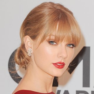 Taylor Swift at the 2013 Country Music Awards