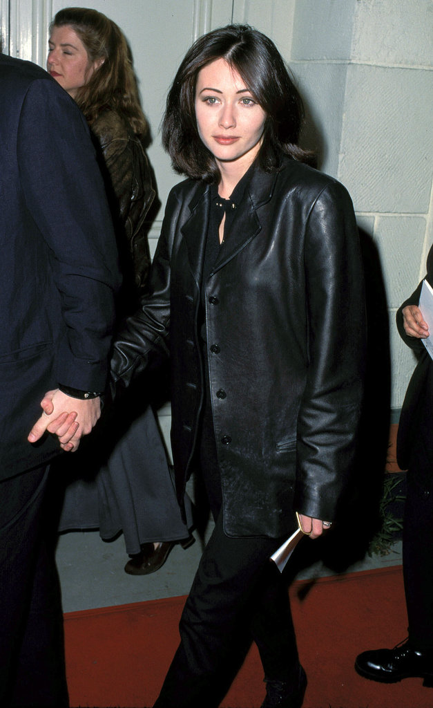During her 90210 heyday, Shannen Doherty reigned supreme with her sleek bob, smudgy black liner, and nude lipstick.