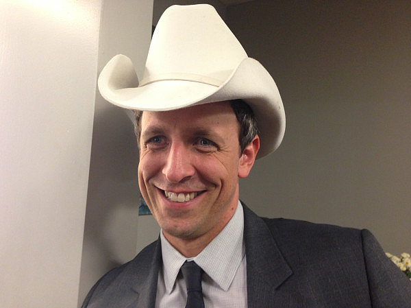 Brad Paisley shared a photo of Seth Meyers in a cowboy hat. Source: Twitter user bradpaisley