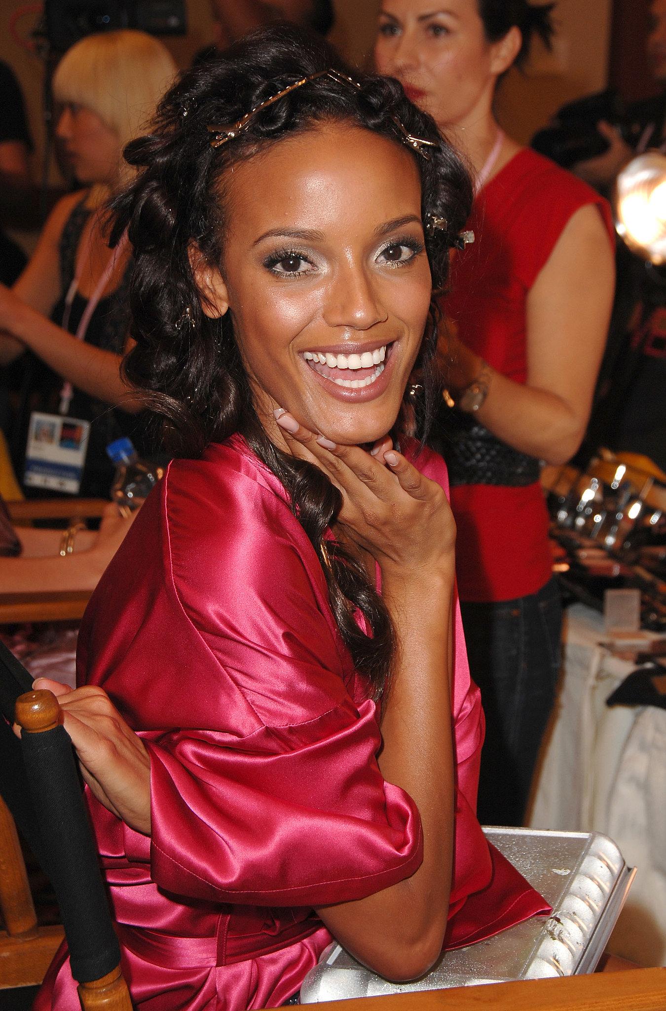 Selita Ebanks looked totally glowing backstage in 2007.