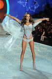 12. Alessandra Ambrosio put her Angel moves to work in a flowing, blue outfit.