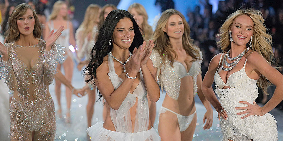 The Unexpected Product Used to Get the Victoria's Secret Glow