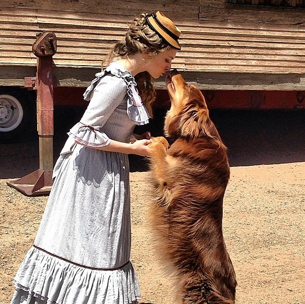 Amanda Seyfried gave us some serious #TBT in her prairie garb. Source: Instagram user mingey