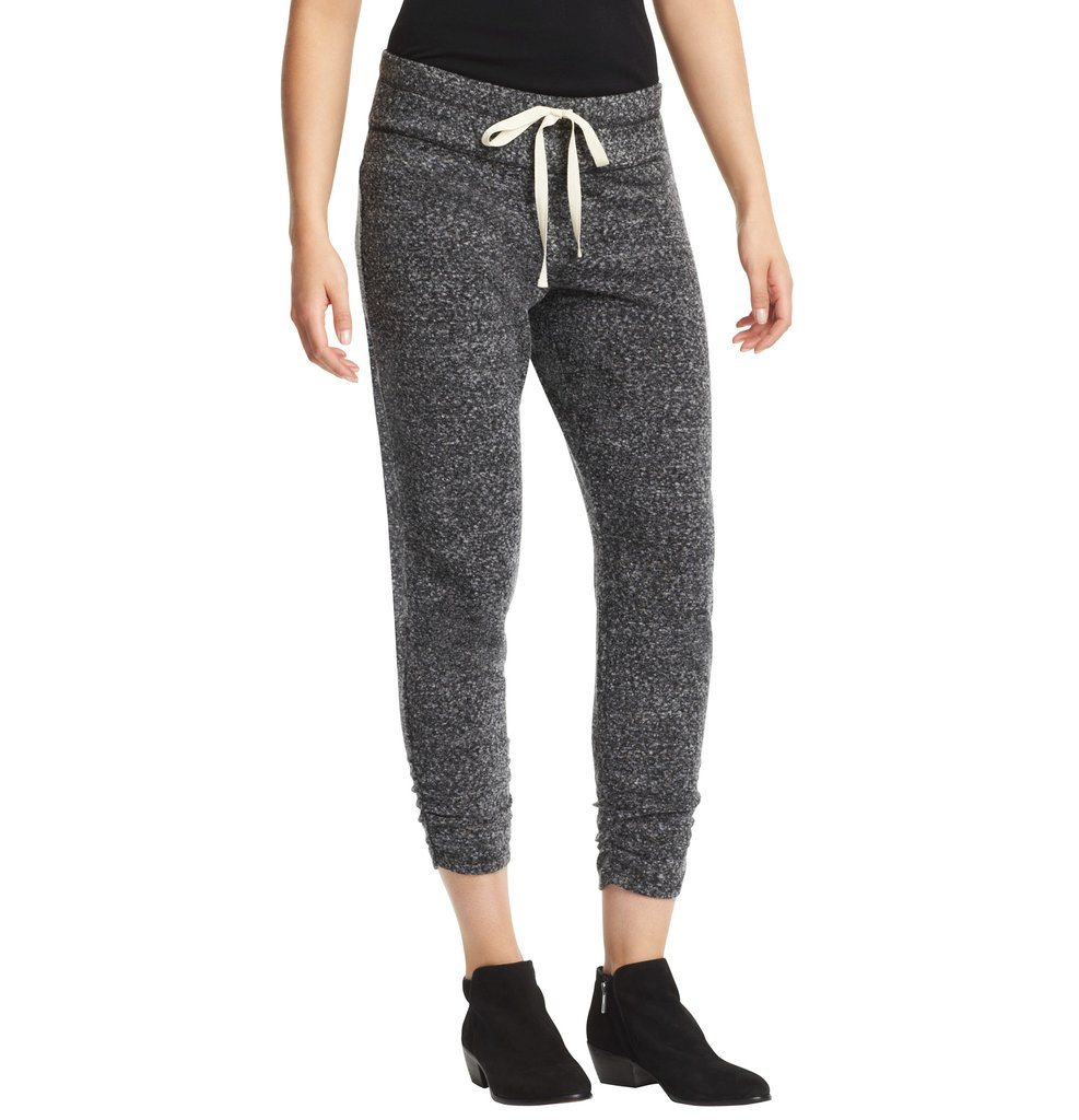 These LOFT Speckled Drawstring Waist Sweatpants ($50) are chic enough to wear running errands or even to brunch with a cool-girl anorak and wedged sneakers.