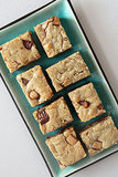 Easy: Reese's Peanut Butter Cup Blondies