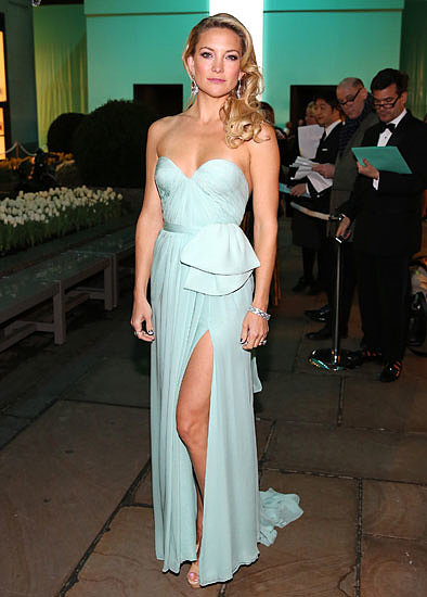 4. Kate Hudson in Reem Acra at Tiffany & Co. Blue Book Ball