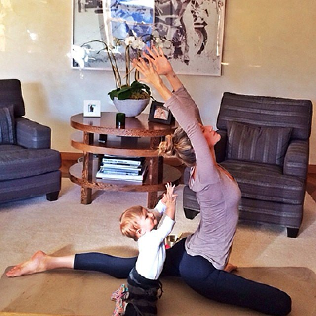 Gisele and her daughter, Vivian, squeezed in a yoga session. Source: Instagram user giseleofficial