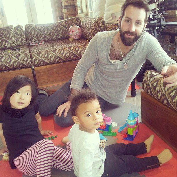 Josh Kelley spent some quality time building with Adalaide and Naleigh. Source: Instagram user joshbkelley