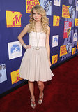 Swift adorned her breezy corset dress with statement jewels at the 2008 MTV Movie Awards.