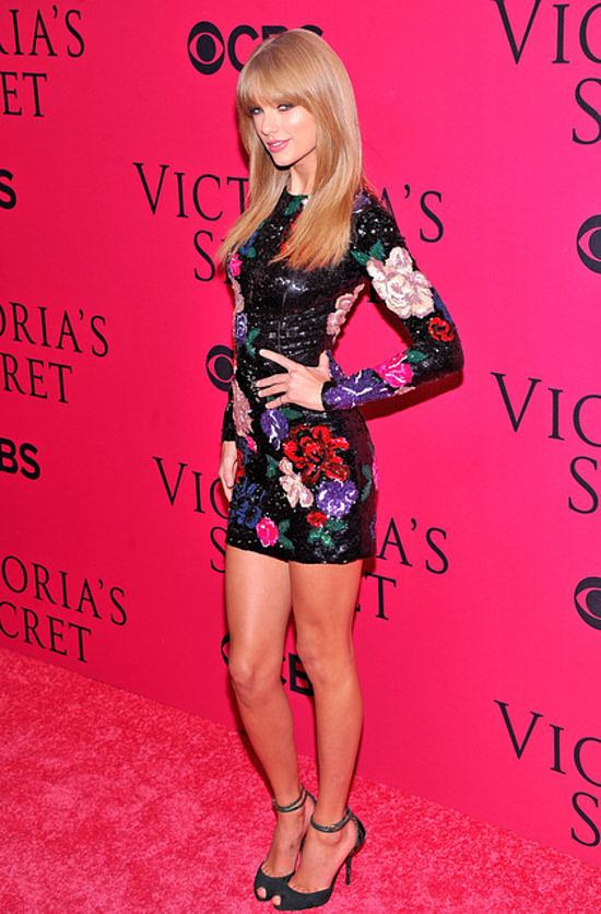 Rivaling Victoria's Secret's leading ladies in a body-con sequined Zuhair Murad minidress.