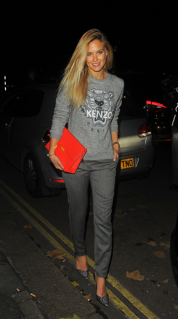 Bar Refaeli was just out to dinner but still looked photo-shoot-ready.