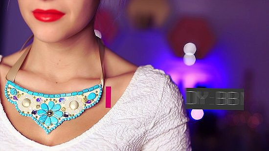 Gift This Colorful DIY Bib Necklace!