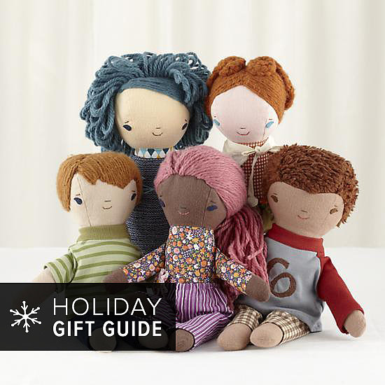 9 Great Gift Ideas For Girls Who Love Their Dolls