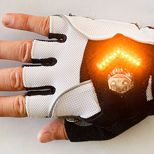 Check Out These Crazy-Cool Bike Gloves With Built-In LED Turn Signals