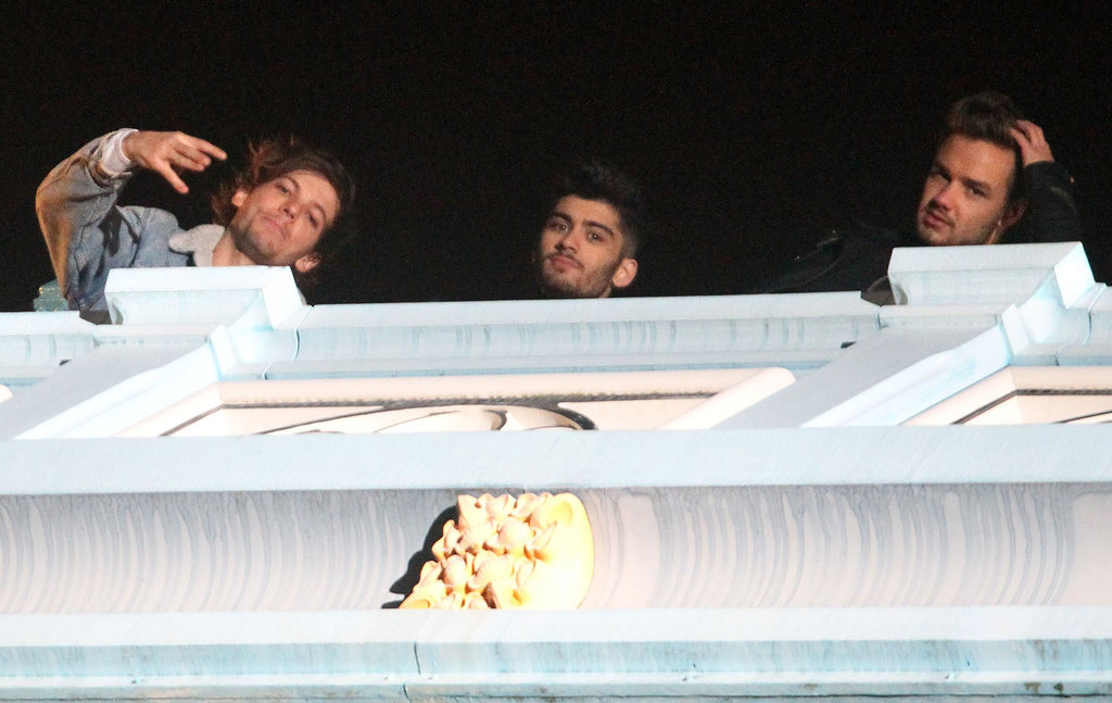"Louis Tomlinson, Zayn Malik, and Liam Payne ignored the saying, ""Don't look down!"""